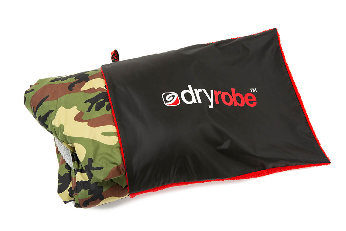 Cushion Cover Black Red for storing your dryrobe
