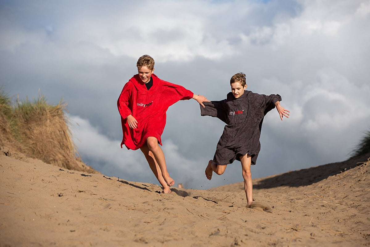 1|S, Kids Organic Cotton Towel dryrobe Red Boys On The Beach