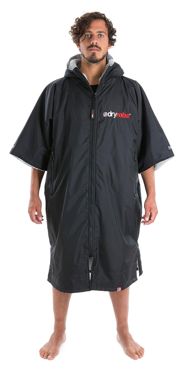 1|L, dryrobe Advance Short Sleeve Black Grey Front