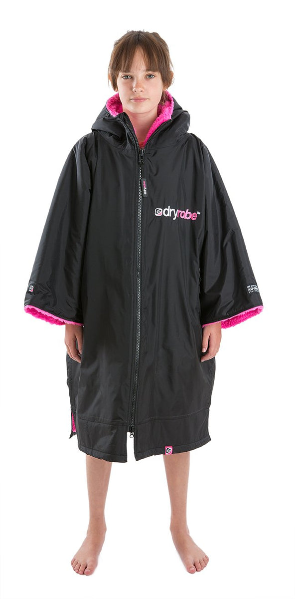 1|S, Kids dryrobe Advance Short Sleeve Black Pink Front