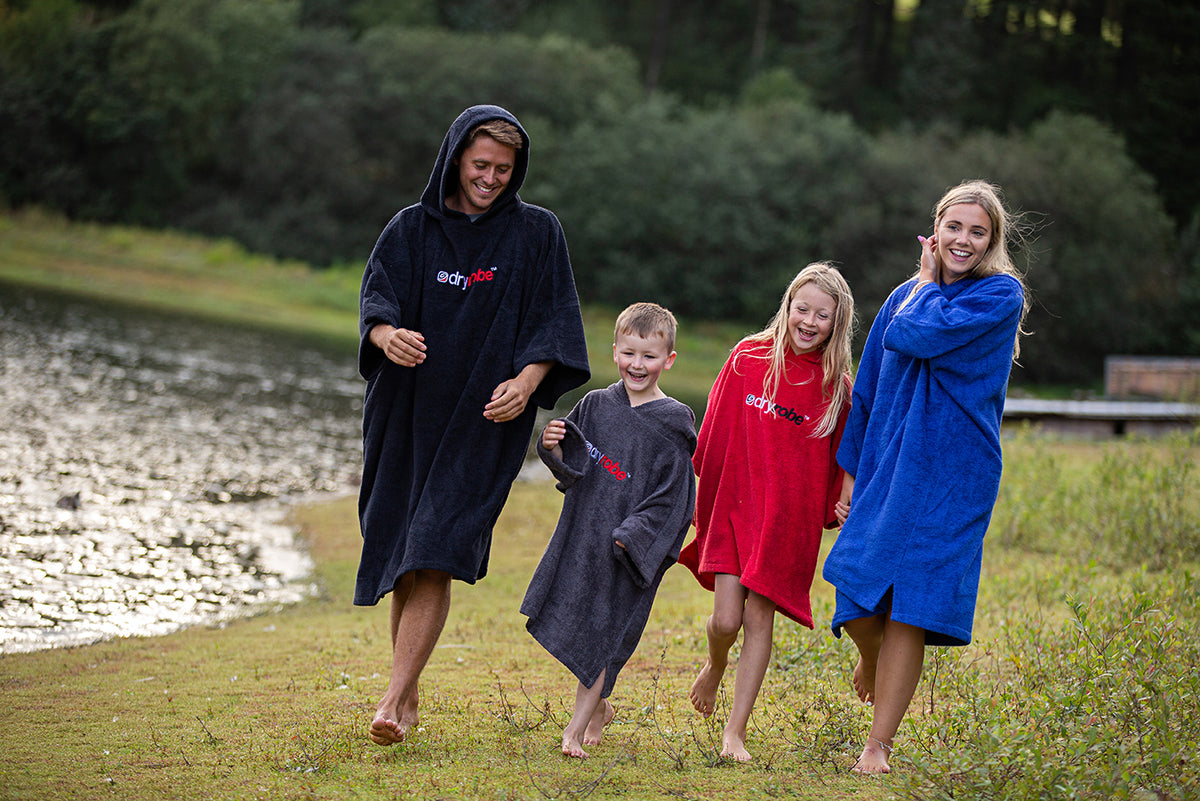 1|XS, Kids Organic Cotton Towel dryrobe Red & Slate Grey Family Lake