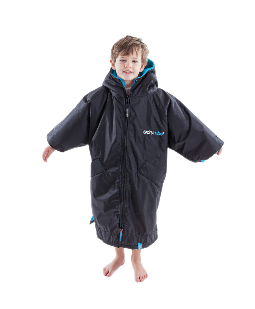 1|XS, Kids dryrobe Advance Short Sleeve Black Blue Front