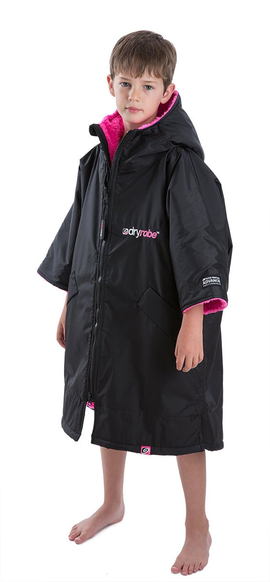 1|XS, Kids dryrobe Advance Short Sleeve Black Pink Side