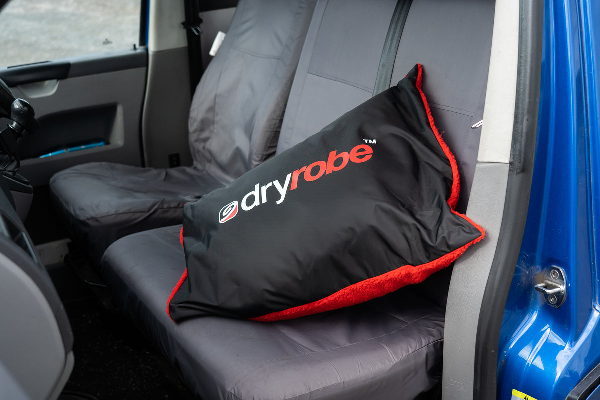 Pack your dryrobe into the red & black dryrobe Cushion