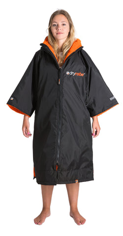 1|M, dryrobe Advance Short Sleeve Medium Black Orange Front