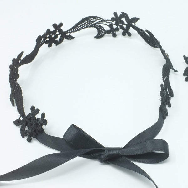 Floral Black Choker Necklace - Yatys Boutique