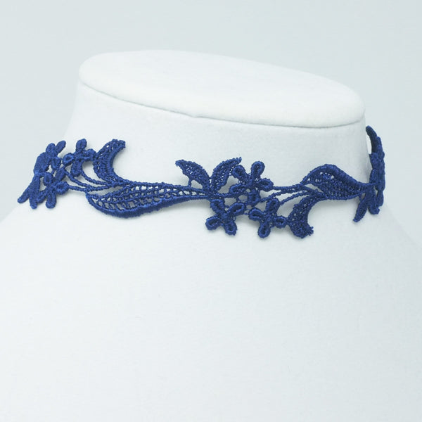 Feminine Lace Choker with Flowers - Yatys Boutique