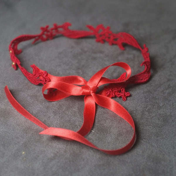 Lace up Red Choker