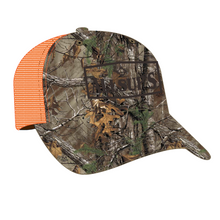 Load image into Gallery viewer, Structured Realtree Camo Hat with Velcro Closure and Mesh