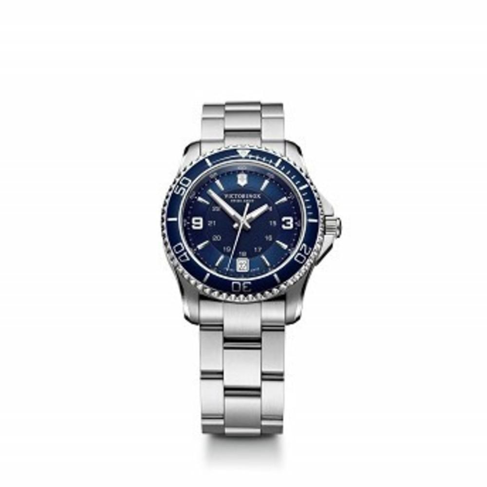 Victorinox Womens Maverick Swiss Quartz Titanium and Stainless Steel Casual Watch, Color:Silver-Toned (Model: 241609) One color(ワンカラー)