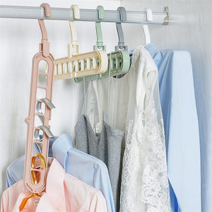 (4 PIECES) MULTI-FUNCTION MAGIC HANGER