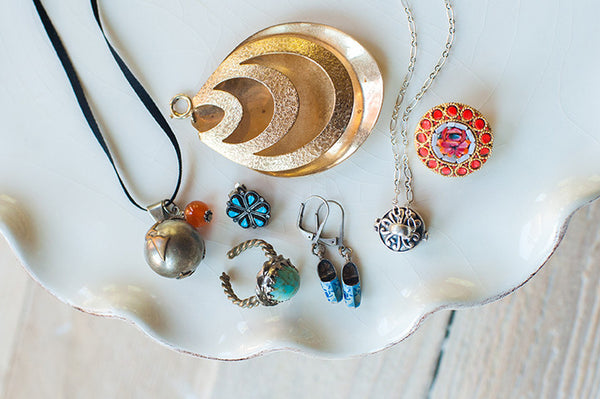 How To Keep Your Jewelry Looking NEW  Do's and Don'ts