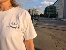 "Charger l'image dans la galerie, Tee-shirt ""Pantin is beautiful"" broderie Coeur"
