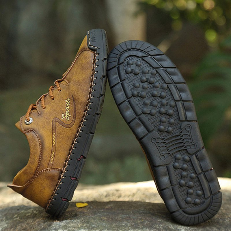 Men Outdoor Hand Stitching Non Slip Soft Sole Casual Leather Shoes