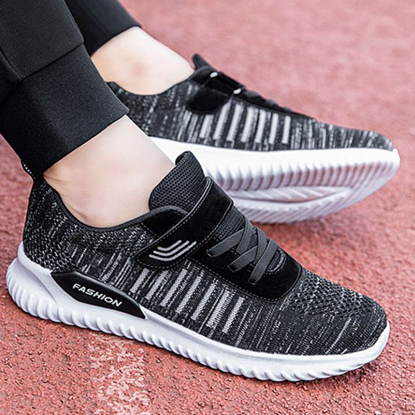 Plus Size Breathable Mesh Fabric Flat Platform Sneakers For Women