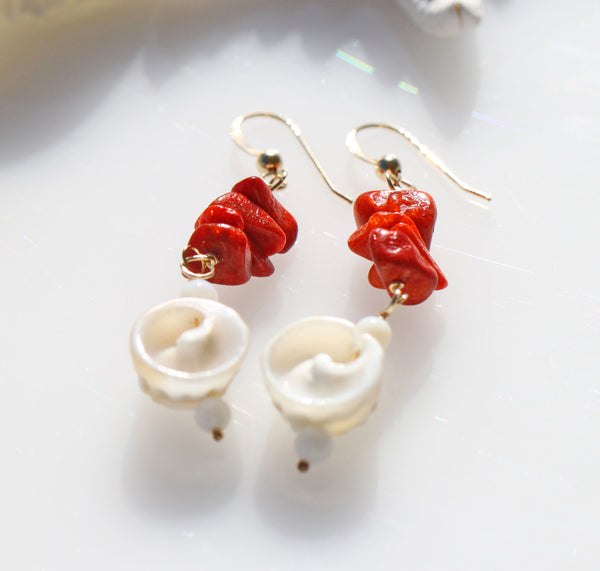 Red coral earrings☆赤サンゴ子宝ピアス