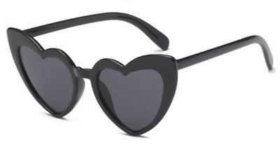 Ghoul Gal Heart Shaped Cat Eye Sunglasses in Black