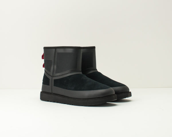 BOTA - UGG - CLASSIC MINI URBAN TECH WP BLACK TNL 1103877