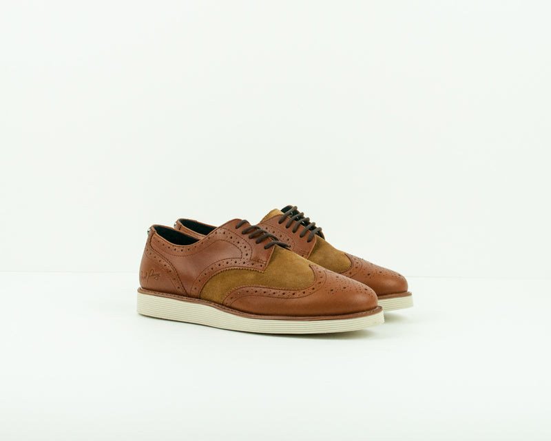 ZAPATO - FRED PERRY - B9082 C55 NEWBURGH BROGUE LEATHER SUEDE TAN