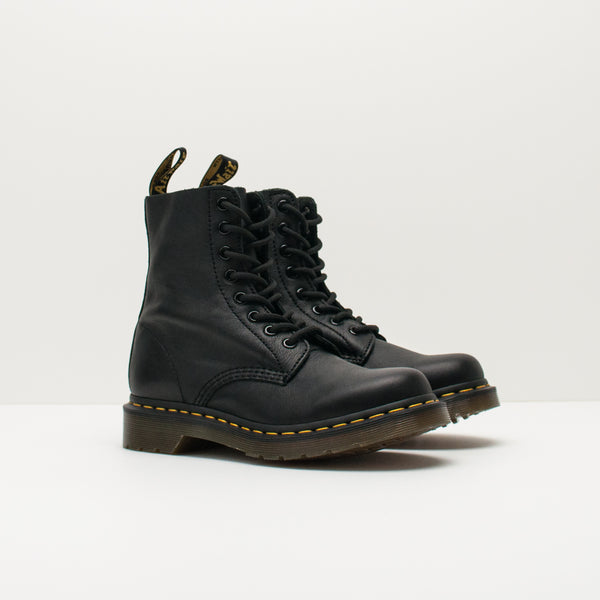 BOTA - DR. MARTENS - PASCAL 8-EYE VIRGINIA BLACK 13512 006