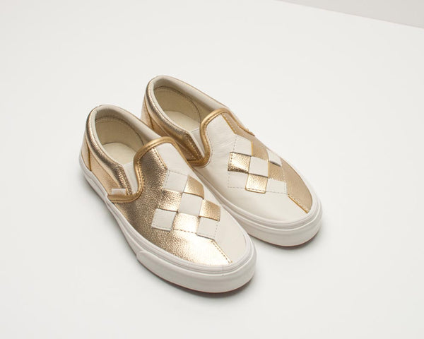 ZAPATILLA SLIP ON - VANS - CLASSIC SLIP ON WOVEN LEATHER BRUSHED GOLD SNOW WHITE VA38F7VMU