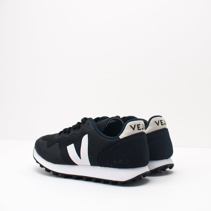 ZAPATILLA - VEJA - SDU RT B-MESH BLACK WHITE RT011346