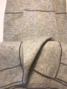 Pure Cashmere Sweater with Stitch Highlight - Nomarchshop.com