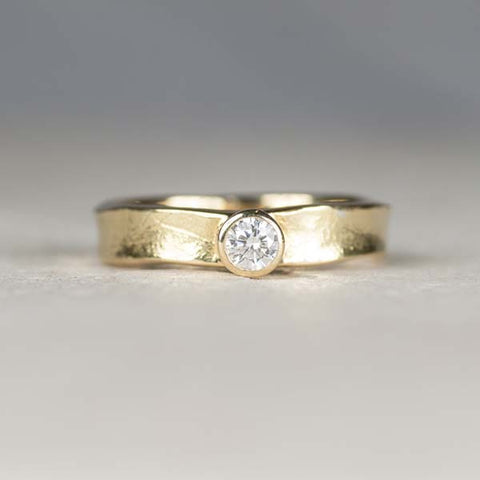 18ct gold diamond Storybook ring