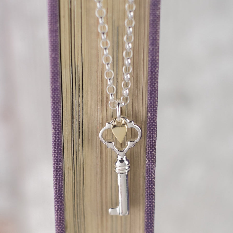 Skaill Key And Gold Heart Pendant