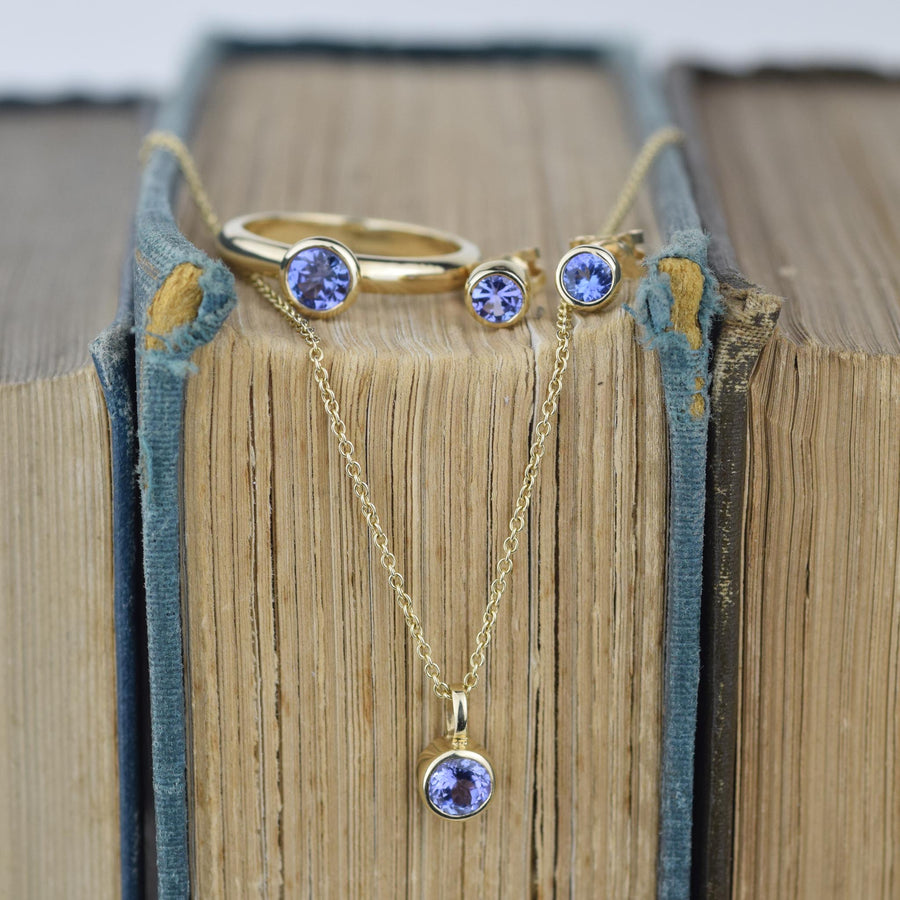 Tanzanite Gold Solitaire Stud Earrings