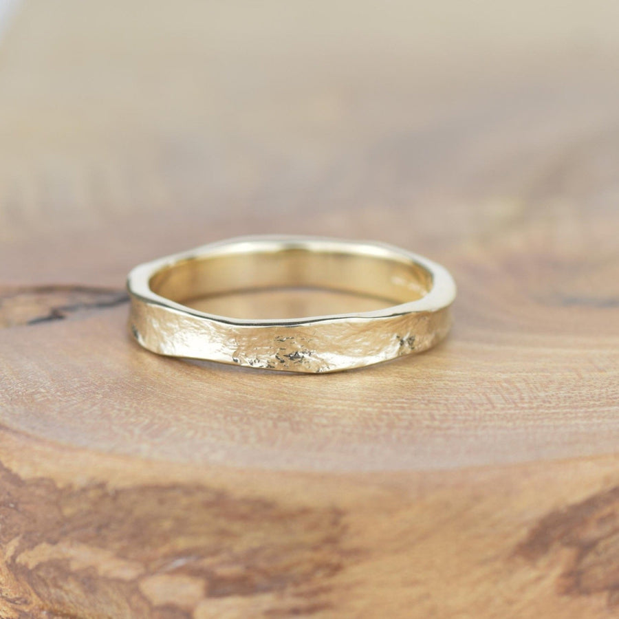 Plain 4mm Gold Storybook Band