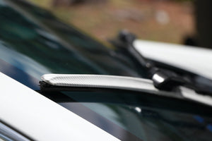 "CLIX White Carbon Precison-Fit Two Pack Click-on Wiper Blades - 26"" 18"" - Fit Small Top Button Wiper Arms"