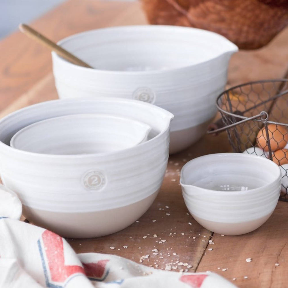 Load image into Gallery viewer, 4-Piece Louisville Pottery Collection Nested Mixing Bowl Set in White