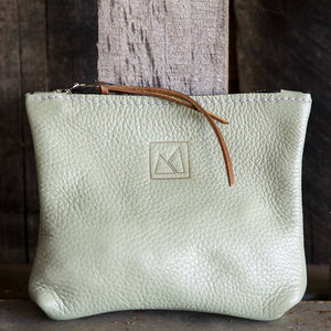 Load image into Gallery viewer, The Julep iii Small Leather Pouch - Mint