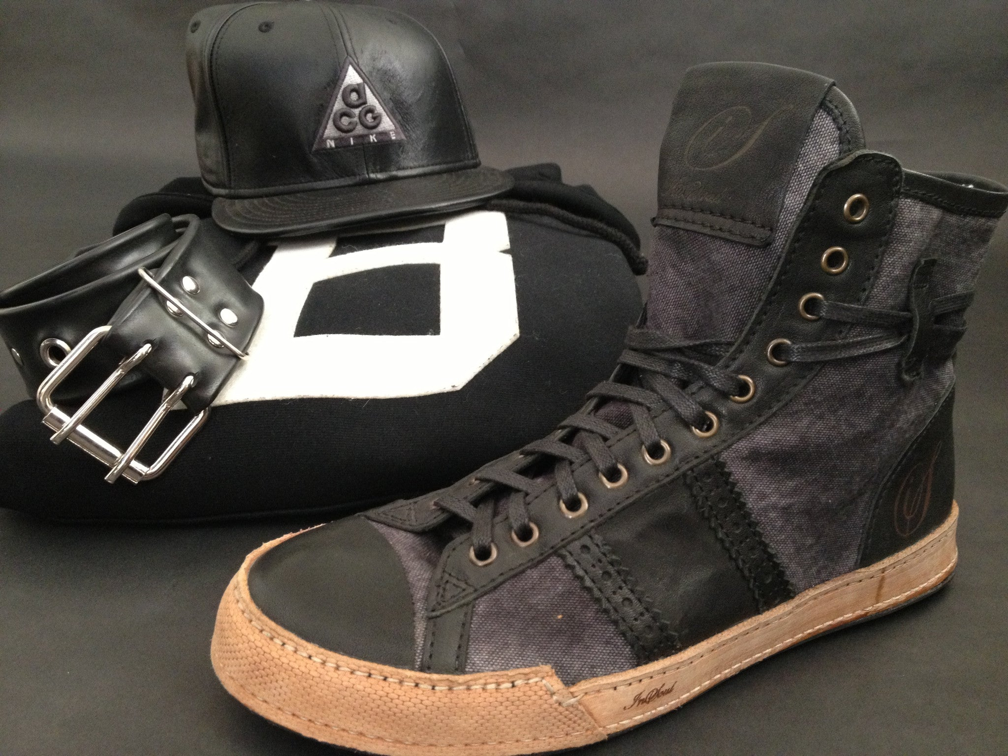 High-Black-SNEAKER