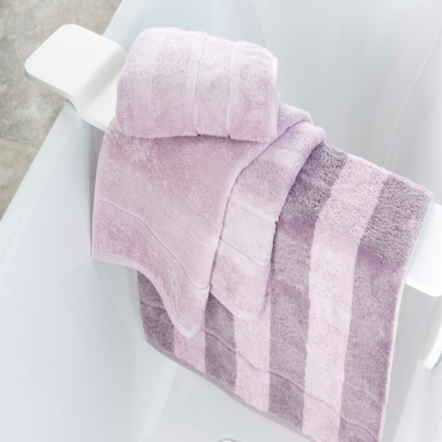 noblesse modern classic towel
