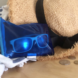 Sunglasses case or iPhone, smartphone case, made from upcycled PVC from pooltoys and airmattreses. Providing a durable sturdy protection against sand and damage. Water resistant