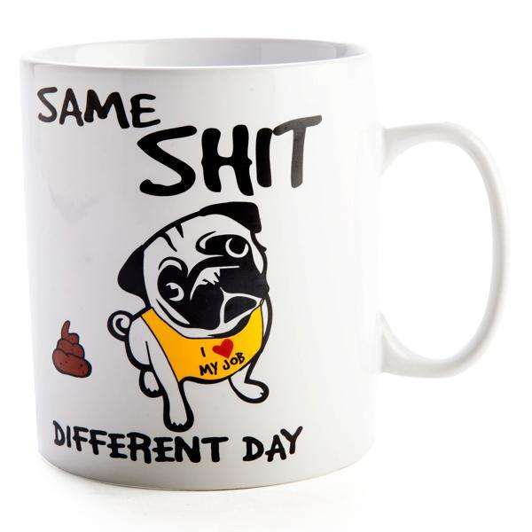 Featuring a cute little pug on a real big mug to get you through another one of those days<br>Holds 900ml of your hot beverage of choice. 110(L) x 110(W) x 125(H) mm