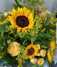 Load image into Gallery viewer, Mixed Sunflower Bouquet