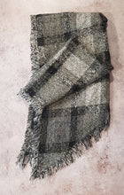 Load image into Gallery viewer, BEVEL EDGE CHECK PATTERN WINTER SCARF