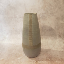 Load image into Gallery viewer, GREY PATTERN CERAMIC VASE
