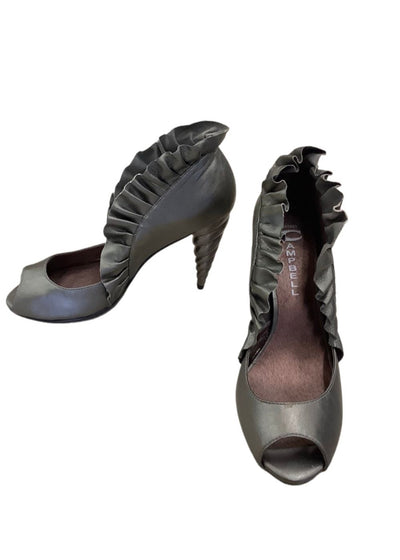 Jeffrey Campbell Pewter Michelle Unicorn Open Toe sz 8.5