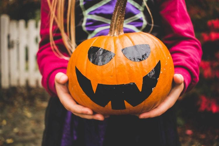 6 Most Important Halloween Safety Tips for Young Children