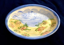 "Load image into Gallery viewer, 6"" Ceramic Hydrangea Soap Dish"