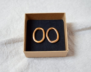 LOOP Oro Saturno porcelain earrings with gold