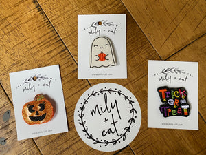 Halloween Trick or Treat Badge Buddies