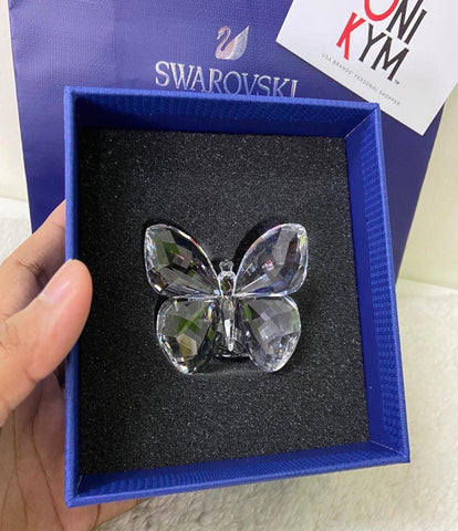 SWAROVSKI BUTTERFLY ON LEAF