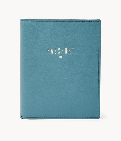 Fossil Leather Passport Case in Caribbean