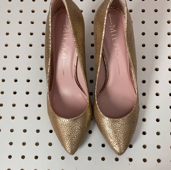 Miezko gold leather heels size 39