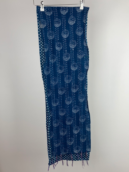 Indigo printed scarf with woven threads